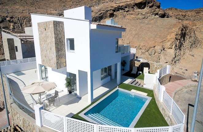 Modern newly-built villa with pool in Tauro, Gran Canaria South
